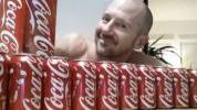>Šta se dogodi kada pijete 10 limenki cole dnevno?