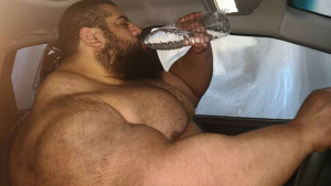 Iranski Hulk: Kakve navike ishrane su ovog čovjeka učinile divom?