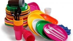 Plastične čaše, tanjiri i slamke postaju prošlost