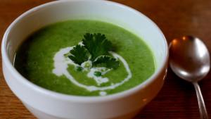 Najzdravija supa od đumbira, graška i smeđe riže