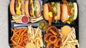 Da li trebate potpuno izbjegavati brzu hranu?