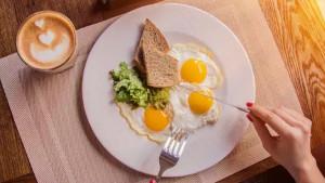 Idealni doručak sadrži mnogo proteina, a jasno je i zašto