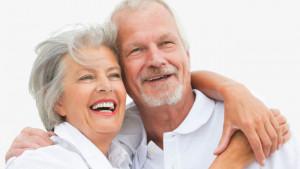 Istraživanje otkrilo s koliko godina su ljudi najsretniji