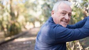 Gubitak mišića i hormonalne promjene su krivci zbog kojih su stariji skloniji debljanju