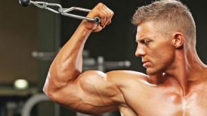 Tri trika koje profesionalci koriste za efikasniji razvoj bicepsa