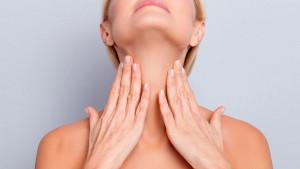 Kako zategnuti kožu na vratu?