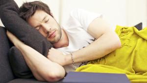 Drijemanje tokom dana je navika koja drastično smanjuje rizik od srčanog i moždanog udara