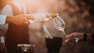 Kupinovo vino - čaša zdravlja