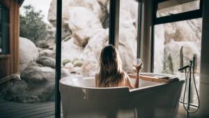 Zašto je tuširanje zdravije od kupanja?