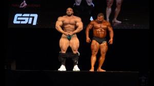 140 kilograma teški Adolf Burghard je podigao publiku na noge, ali onda je na binu izašao Big Ramy