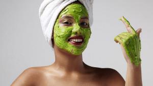 Maska za lice od avokada koja štiti od hladnoće