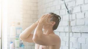 7 prednosti toplog tuša