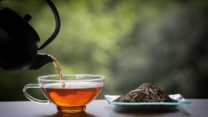 Biljni čajevi koji su odlično rješenje za kašalj, grlobolju i prehladu