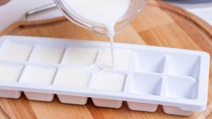 Smijete li zamrzavati mlijeko i kako to raditi?