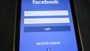 Istraživanje: Usamljeni su aktivniji na Facebooku