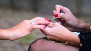 Zdravstveni problemi skriveni ispod laka za nokte