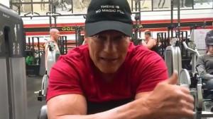 Arnold u teretani i nakon teške operacije srca