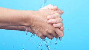 Suhe i oštećene ruke od čestog pranja? Evo kako ih pravilno njegovati
