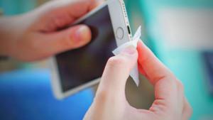 Da li ste znali da je vaš telefon dom mnogim opasnim bakterijama?