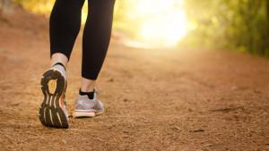 Brzo hodanje je odlično za vas: 6 razloga zbog kojih ćete početi s ovom aktivnošću