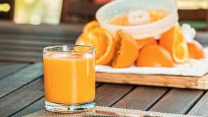 Čaša soka od narandže za bolje zdravlje: Zašto je ovaj napitak tako koristan za vas?