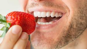 Blistavo bijeli osmijeh: 7 namirnica koje su izvrsne za vaše zube
