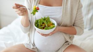 Pravilna ishrana tokom trudnoće: Šta trudnice trebaju jesti, a šta izbjegavati?