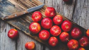 Jabuka dnevno za bolje zdravlje: Kako ovo voće koristi vašem tijelu?