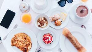 Jedenje doručka vam može pomoći da sagorijevate više ugljikohidrata dok vježbate