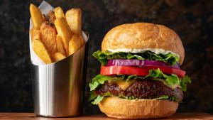 Umor i neproduktivnost na poslu: Da li je uzrok nezdrava večera?