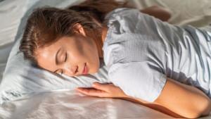Zašto ne trebate spavati na stomaku?