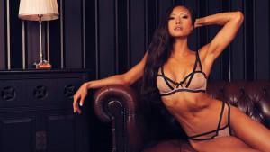 Atraktivna Jayne uživa u takmičenjima gdje pokazuje savršenu figuru
