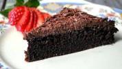 Neodoljiva čokoladna torta bez brašna