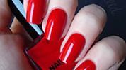 Oduvijek: crveni lak za nokte