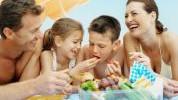 Kako nam hrana može upropastiti godišnji odmor?