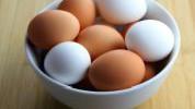 >Kakva je razlika između bijelih i smeđih jaja?