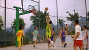 Košarkaško zagrijavanje i vježbe pred početak igre