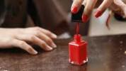 Trik za brzo sušenje laka za nokte