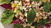 Salata od piletine i bijelog graha