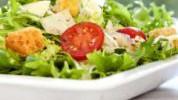 Zašto salata može biti nezdrava