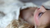 Spavanje sa šminkom je zaista loš potez