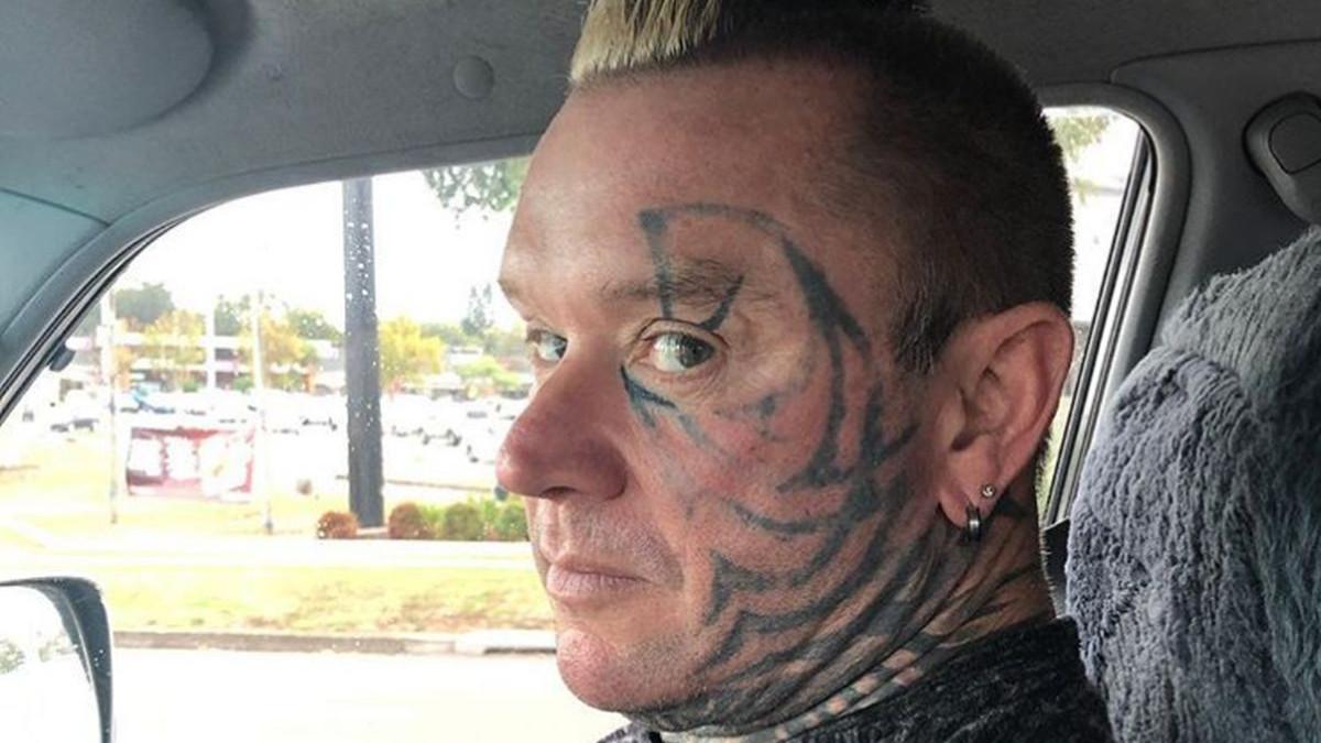 Lee Priest rekao zbogom svojoj tetovaži na licu