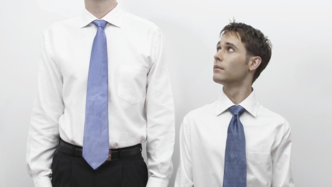 Naučno dokazano: Niži ljudi su agresivniji i nasilniji od visokih