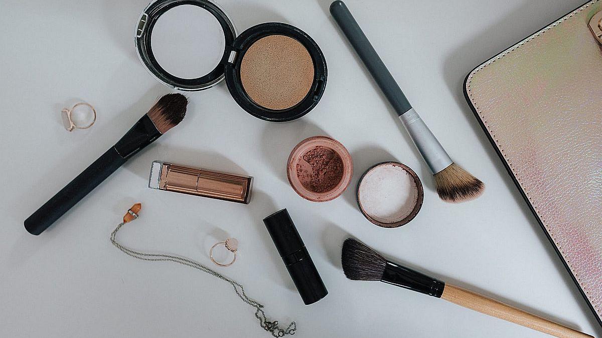 Koju šminku ne smijete koristiti nakon isteka roka?