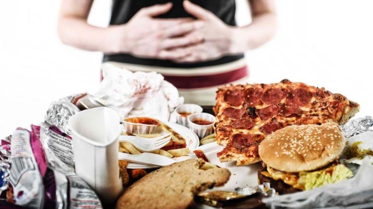 Zbog čega je prejedanje loše: 4 negativna uticaja na organizam