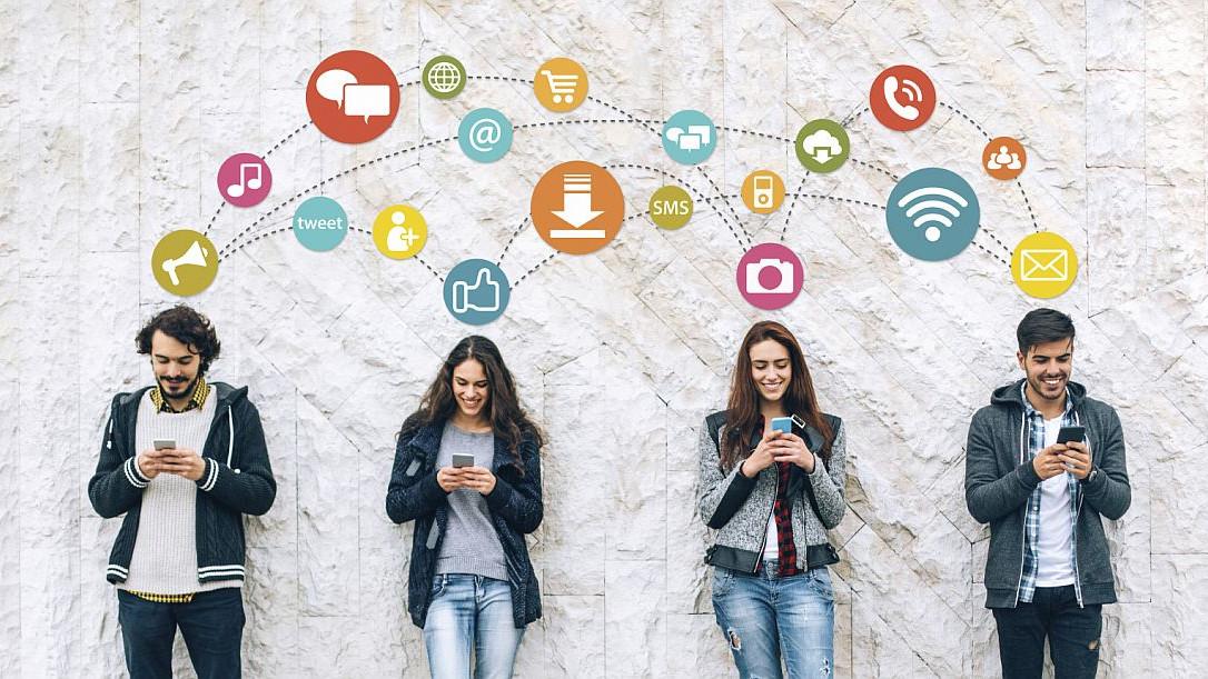 10 znakova da ste opsjednuti društvenim mrežama