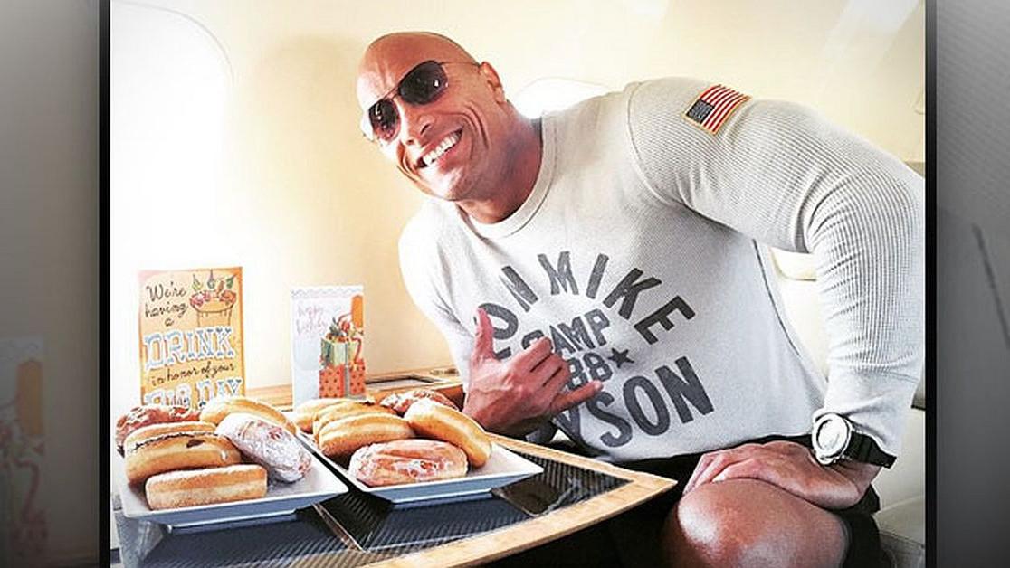 Koliko kalorija se nalazi u cheat obroku The Rocka?