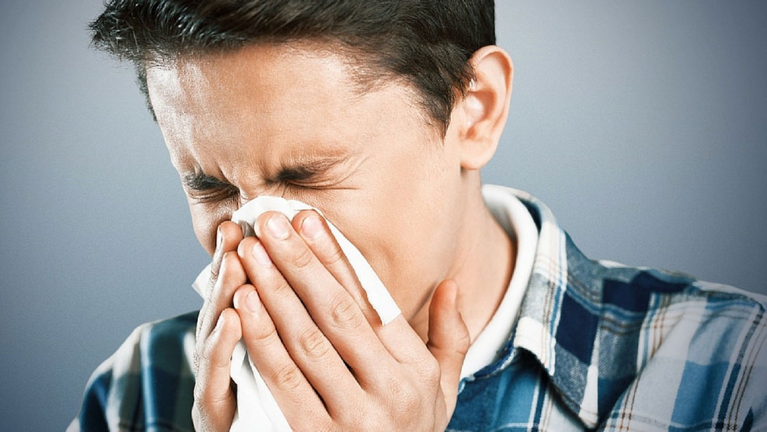 Zaustavljanje kihanja je opasno po zdravlje