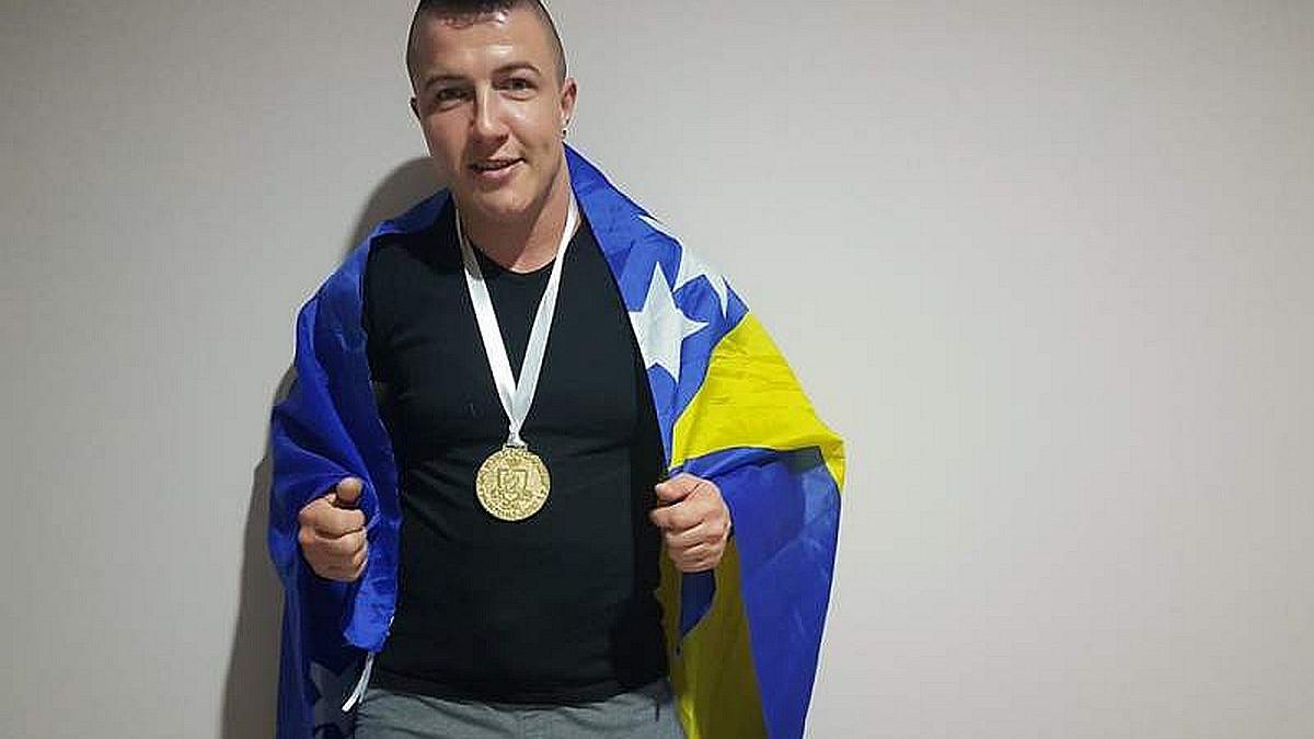 Konjičanka Almira Lizde odbranila titulu svjetske prvakinje u power liftingu