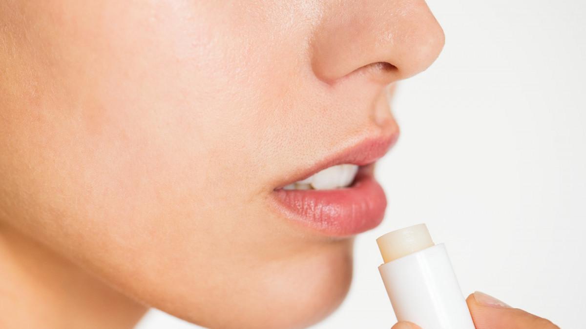 Stiže zima: Evo kako zaštititi usne od hladnoće